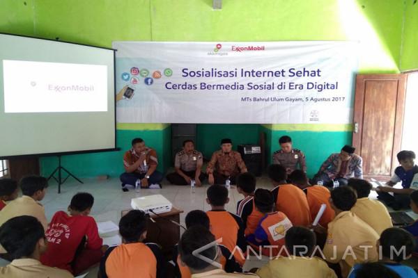 Bentengi Siswa dari Internet Negatif, ExxonMobil dan Polres Bojonegoro Kampanyekan Cerdas Bermedia Sosial