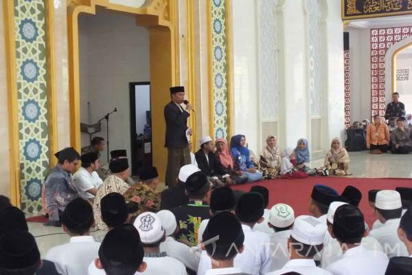 Asrama Putri Nuris Jember Diberi Nama Ibunda Jokowi (Video)