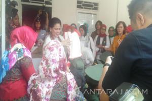 Ibu Iriana Jokowi Kunjungi