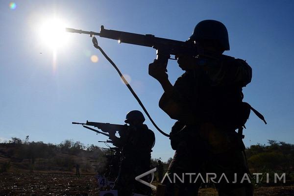 Marinir Indonesia-Amerika Latihan Menembak (Video)