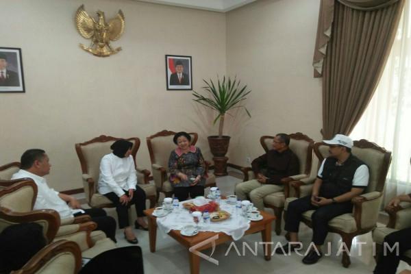 Megawati Minta Masukan Dahlan Iskan Terkait Pilkada Jatim (Video)