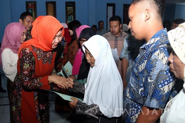 Pemkot Kediri Bagikan 50 Sertifikat Tanah Warga Kecamatan Pesantren