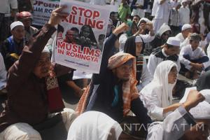 Galang Dana Untuk Rohingya
