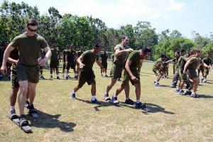 Olahraga Tradisional Marinir Indonesia-Amerika Berlangsung Meriah
