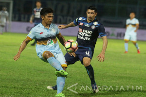 Arema FC Lawan Persela Lamongan
