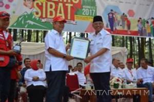 Bupati Malang dapat Penghargaan Nasional dari PMI