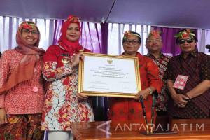 Menteri PPPA Hadiri Deklarasi Jember Menuju Kabupaten Layak Anak (Video)