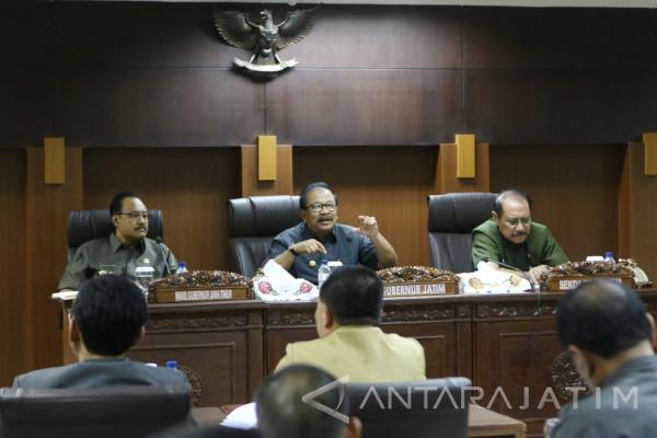 Pakde Karwo Paparkan Upaya Prioritas Ungkit Perekonomian Jatim