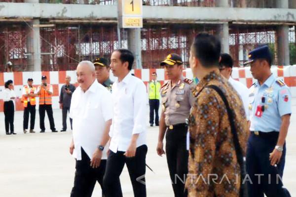 Jokowi Kunjungan Kerja ke Sumsel dan Sumut