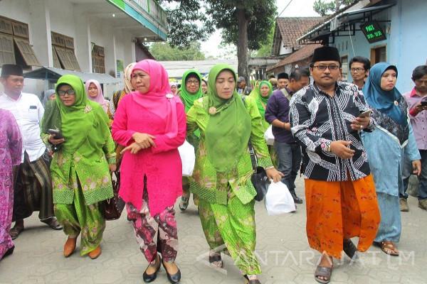 Ratusan Kiai Pertemuan dengan Khofifah di Tebuireng-Jombang