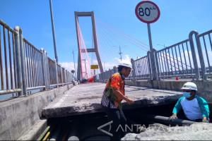 Jaringan Listrik ke Pulau Madura Kembali Normal (Video)