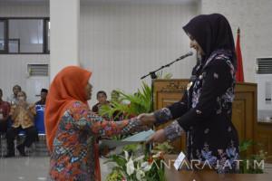 Pemberian SK Mutasi Guru di Jember untuk Optimalkan Kinerja