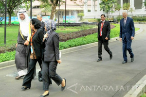 Jokowi Receives Delegation of Olympic Council of Asia