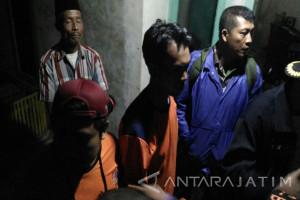 Bencana Longsor di Jember, Satu Keluarga Masih Tertimbun