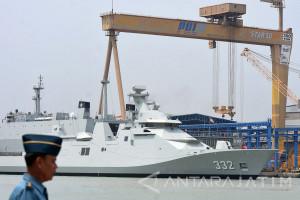 Kapal Perang PKR Pesanan TNI AL Diserahterimakan
