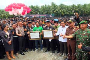 Deklarasi Perdamaian Bonek dengan PSHT di Jember
