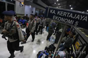 Pemberangkatan Personel Brimob Ke Jakarta