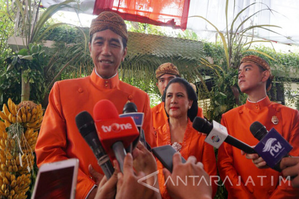 Pesan Jokowi kepada Kahiyang-Bobby yang Sabar