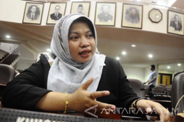 """Legislator Surabaya Sesalkan Kasus """"Ngelem"""" Terjadi di Kota Layak Anak"""
