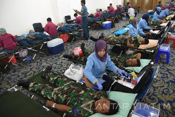 Donor Darah Hari Armada 2017