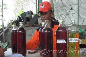 Petugas Kebersihan di Kabupaten Blitar Olah Sampah jadi BBM Alternatif