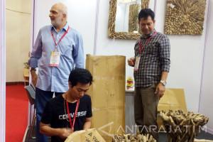 """""""Expo Indonesia"""" di Mumbai Raih Transaksi Rp6,7 Miliar (Video)"""