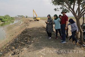 Risma Minta Bantuan Polda Jatim Bebaskan Lahan Frontage Road