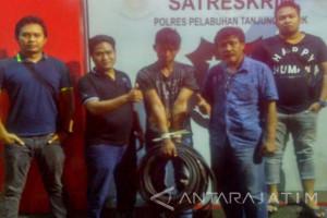 Polisi Tangkap Pencuri Kabel di Surabaya