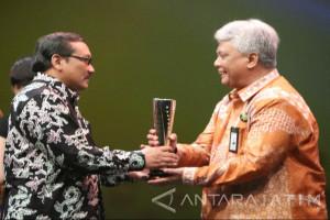 Petrokimia Raih Penghargaan Platinum SNI 2017