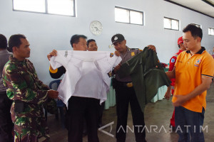 Tim Gabungan Temukan Baju Diperkirakan Milik Korban Banjir Magetan