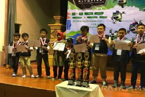 SD Al Falah Surabaya Raih Tujuh Medali pada