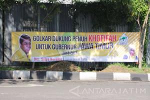 Spanduk Setnov Dukung Khofifah di Pilkada Jatim Bertebaran di Surabaya
