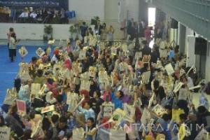 Universitas Brawijaya Catat Rekor MURI Lukis Tas Terbanyak