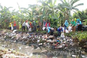 Pemkab Sidoarjo Minta Buat Perdes Sampah