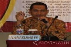 Pengamat Unej: Ketua DPR Setya Novanto Harus Diganti