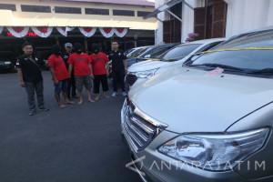 Polisi Surabaya Selidiki Kasus Pecah Kaca Mobil