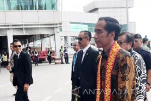 Presiden RI Gelar Pertemuan Terbatas dengan PM Malaysia