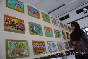 Pameran Lukisan Hari Anak Sedunia