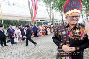 Para Menteri Sambut Rombongan Kahiyang-Bobby