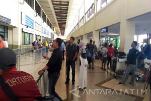 Lima Penerbangan Tujuan Bali Dialihkan ke Bandara Juanda