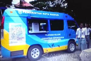 Disdukcapil Kota Madiun Layani Administrasi Kependudukan Dengan Mobil Keliling