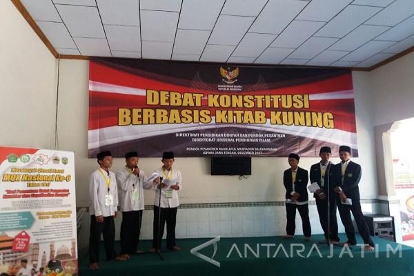 Santri Tebuireng Kabupaten Jombang Juara Debat Konstitusi Berbasis Kitab Kuning