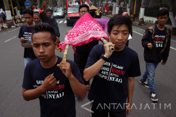 Aksi Peringatan Hari Anti Korupsi