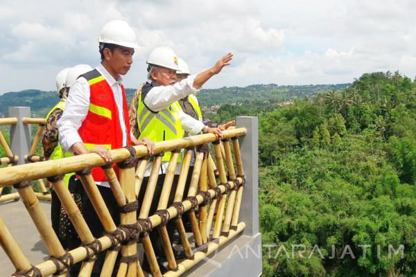 Presiden Jokowi Rahasiakan Kawasan Bandara Sukabumi (Video)