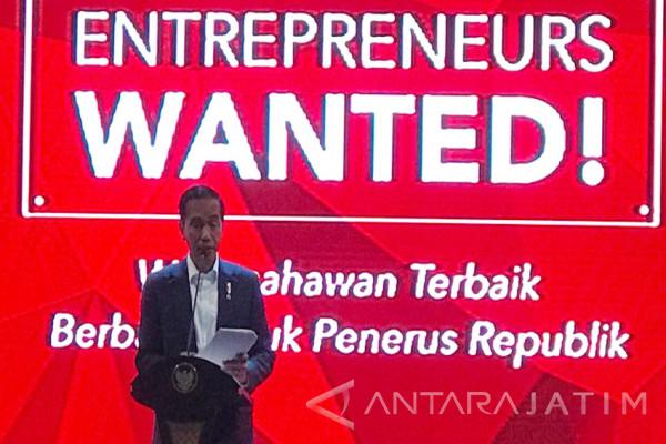 Jokowi Bikin Paspampres Merasa Salah Kostum (Video)