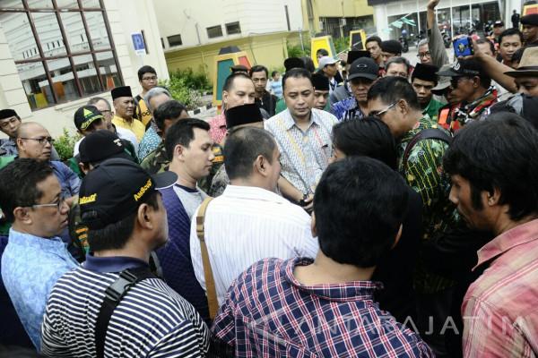 100 Pengajuan Perizinan Tower Telekomunikasi di Surabaya