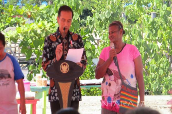 Jokowi: Hari Ibu juga Hari Mama di Papua (Video)