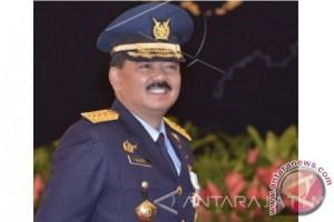 Jokowi Nilai Hadi Thahjanto Berjiwa Kepemimpinan Kuat