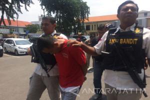 Polrestabes Surabaya Ungkap Kasus Gendam Rp4 Miliar