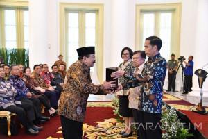 Jatim Borong 3 Penghargaan  Dana Rakca (Video)